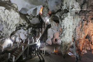 cave exploring muang on thailand
